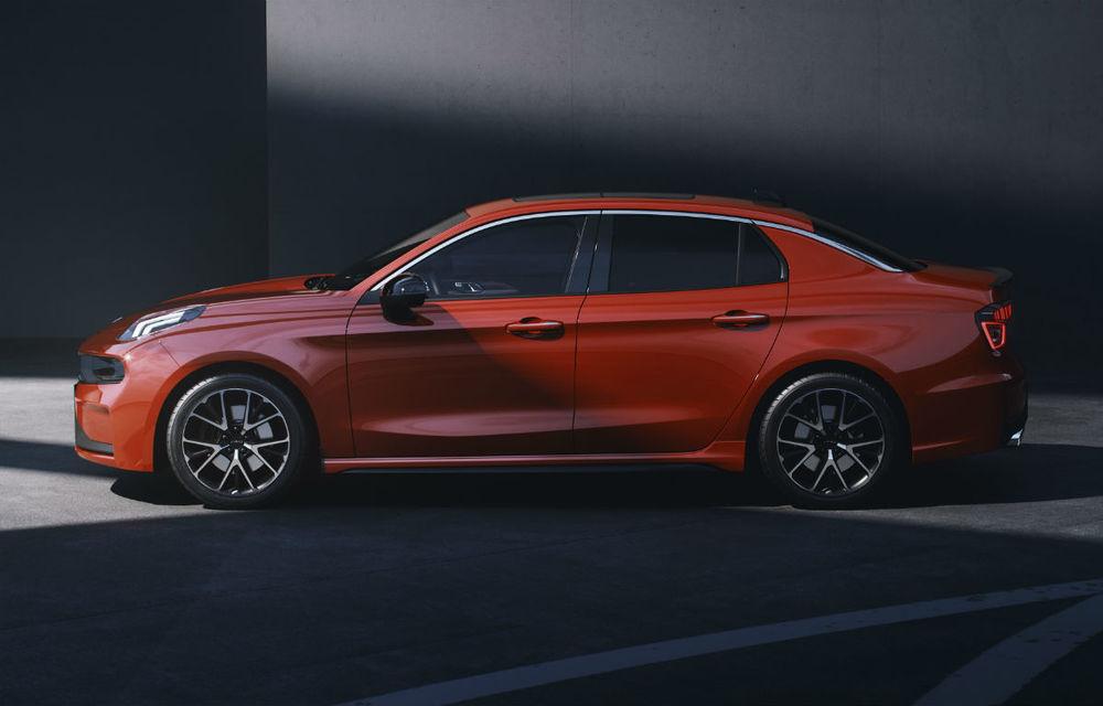 Primul sedan al chinezilor de la Lynk&Co, dezvăluit complet: interior modern, platformă Volvo și versiune hibridă - Poza 5