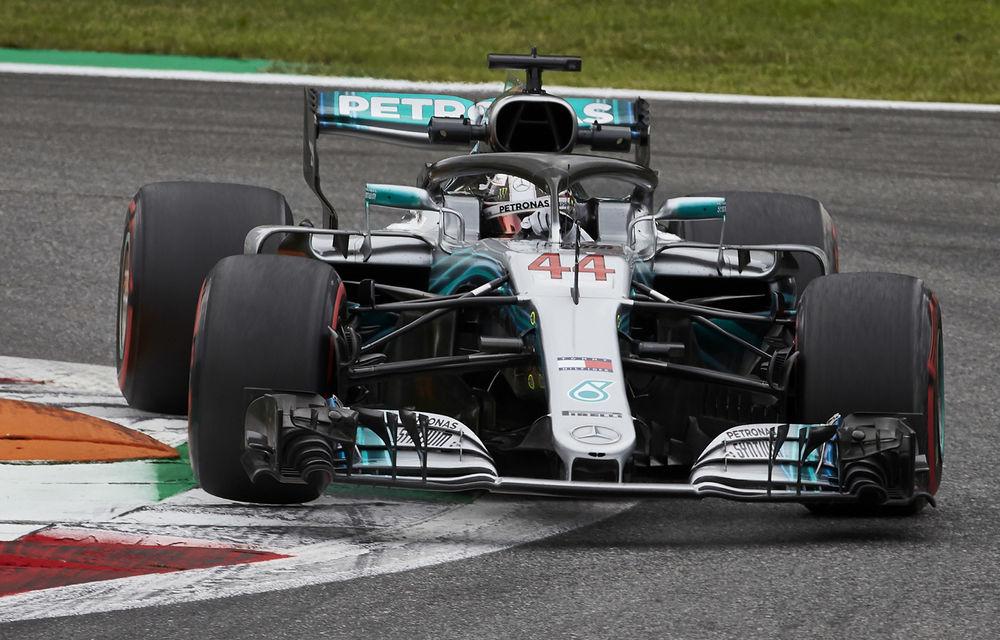 Hamilton a câștigat cursa de la Monza după un acroșaj la start cu Vettel și o depășire asupra lui Raikkonen. Bottas a completat podiumul - Poza 1