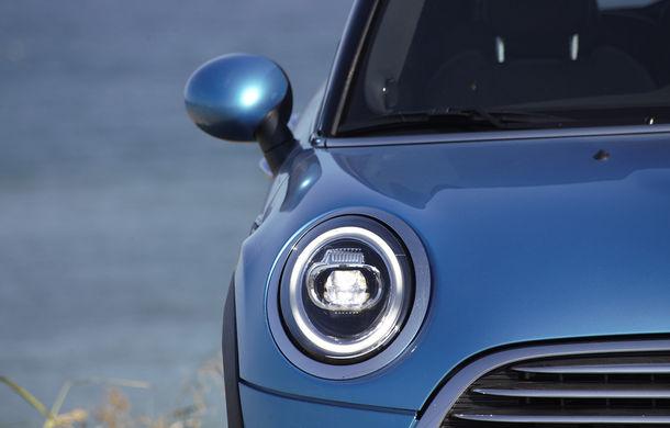 6 ore de fotografie auto: cu Mini și BMW în fața cursanților Festivalului Internațional de Arte Vizuale - Poza 69