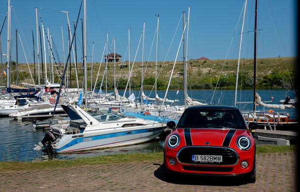 6 ore de fotografie auto: cu Mini și BMW în fața cursanților Festivalului Internațional de Arte Vizuale - Poza 2