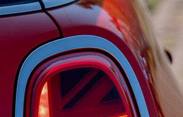 6 ore de fotografie auto: cu Mini și BMW în fața cursanților Festivalului Internațional de Arte Vizuale - Poza 19