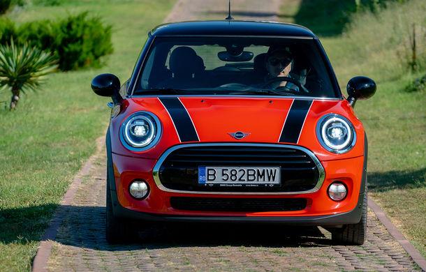 6 ore de fotografie auto: cu Mini și BMW în fața cursanților Festivalului Internațional de Arte Vizuale - Poza 6