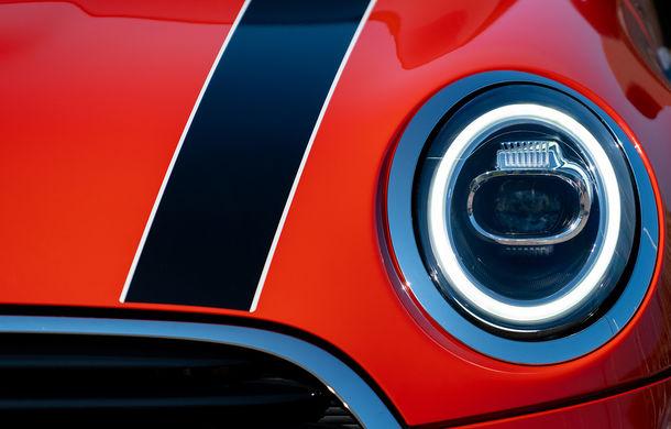 6 ore de fotografie auto: cu Mini și BMW în fața cursanților Festivalului Internațional de Arte Vizuale - Poza 17
