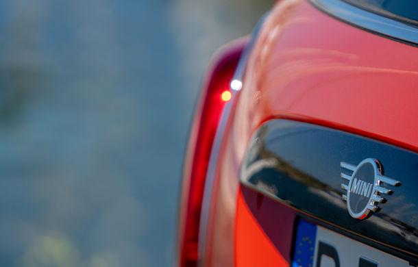 6 ore de fotografie auto: cu Mini și BMW în fața cursanților Festivalului Internațional de Arte Vizuale - Poza 22