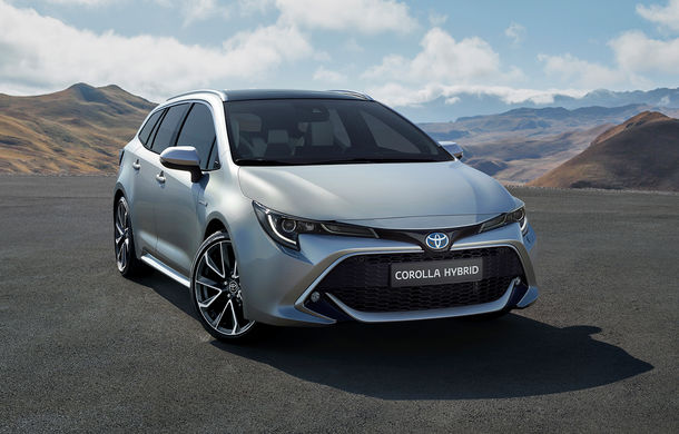 Primele imagini cu Toyota Corolla Touring Sports: break-ul preia motorizările versiunii hatchback - Poza 2