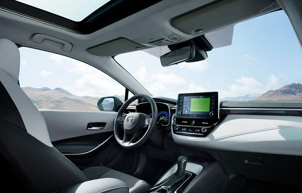 Primele imagini cu Toyota Corolla Touring Sports: break-ul preia motorizările versiunii hatchback - Poza 3