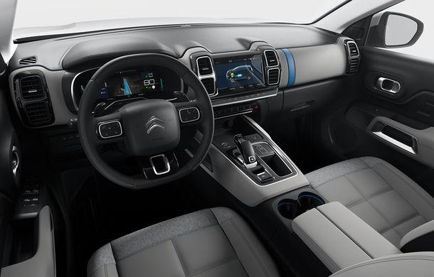 Primele imagini cu versiunea plug-in hybrid a lui Citroen C5 Aircross: lansarea oficială este programată în octombrie - Poza 4