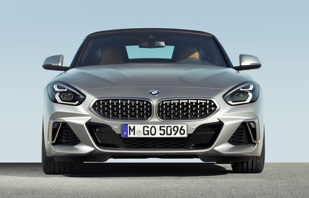 Toate informațiile despre noul BMW Z4: trei motorizări pe benzină și doar 10 secunde pentru acționarea plafonului soft-top - Poza 23