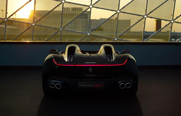 """Ferrari a prezentat noile Monza SP1 și SP2: modelele fac parte din noua serie """"Icona"""" și vin cu cel mai puternic V12 din istoria companiei - Poza 12"""