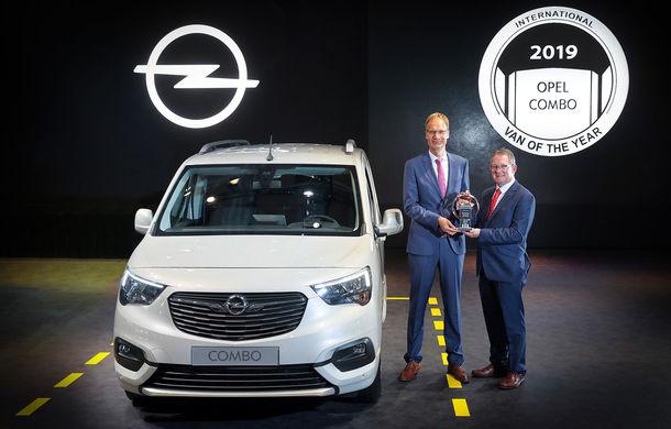 Hattrick PSA: Peugeot Partner, Citroen Berlingo și Opel Combo împart titlul International Van of the Year 2019 - Poza 1