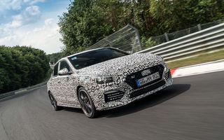 Hyundai i30 Fastback N se lansează în 26 septembrie: modelul de performanță va fi protagonistul unei curse de la Roma la Paris