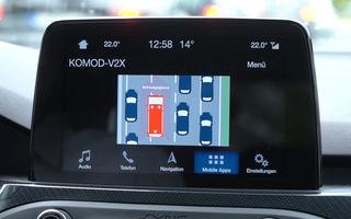 Ford dezvoltă un sistem care te avertizează în timp real de producerea unui accident: șoferii, anunțați pe ce bandă a drumului va sosi ambulanța