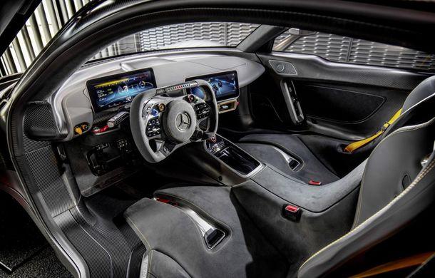 Primele imagini oficiale cu hypercarul Mercedes-AMG One: noul model va fi lansat la Paris - Poza 3