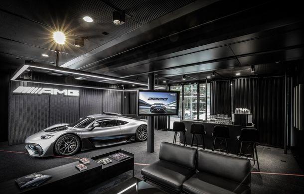 Primele imagini oficiale cu hypercarul Mercedes-AMG One: noul model va fi lansat la Paris - Poza 6