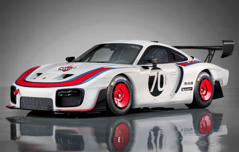 Noul Porsche 935: 700 de cai putere pentru modelul de curse disponibil în numai 77 de unități - Poza 1