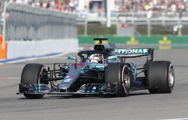 Hamilton, victorie în Rusia după dueluri cu Vettel și ordine de echipă de la Mercedes! - Poza 1