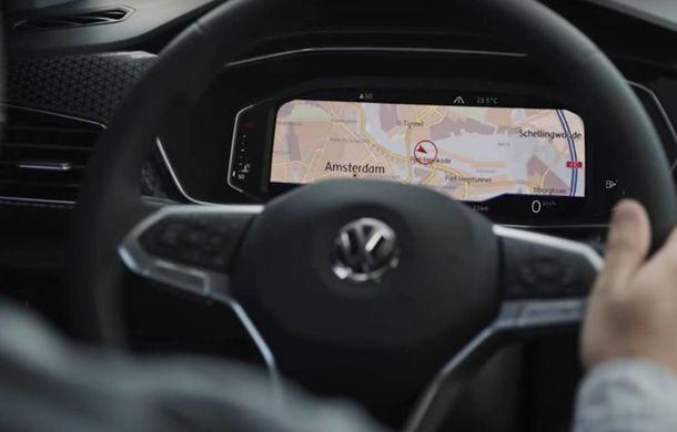 Primele imagini cu interiorul lui Volkswagen T-Cross: designul și funcțiile sunt preluate de la Polo - Poza 1