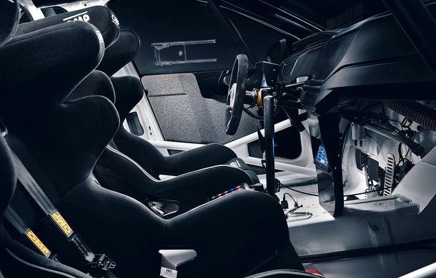 Volkswagen Polo GTI R5 îmbracă hainele de competiție: modelul destinat raliurilor debutează la finalul lunii octombrie în cadrul etapei din Spania - Poza 5