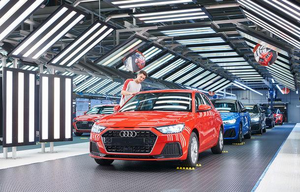 Noua generație Audi A1 Sportback a intrat în producție: modelul de clasă mică este asamblat la uzina Seat din Martorell - Poza 1