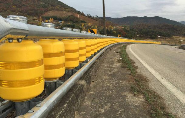 Măsuri de siguranță pentru cele mai periculoase drumuri din România: separatoare de sens cu role pe DN7 și E85 - Poza 1