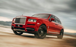 SUV-ul Rolls-Royce Cullinan ar putea primi o versiune cu sistem hibrid de propulsie: britanicii nu exclud și lansarea unui frate mai mic