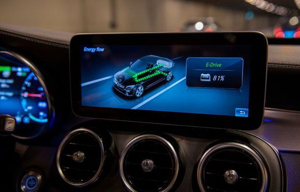 Detalii despre versiunea Mercedes-Benz C300de: plug-in hybrid diesel-electric cu 306 CP și autonomie electrică de până la 57 de kilometri - Poza 28