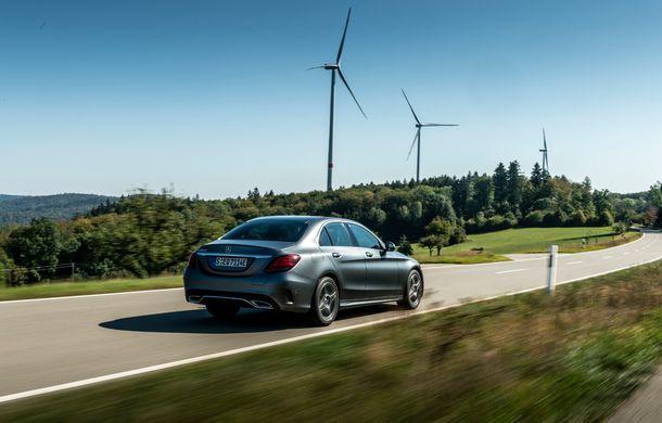 Detalii despre versiunea Mercedes-Benz C300de: plug-in hybrid diesel-electric cu 306 CP și autonomie electrică de până la 57 de kilometri - Poza 19