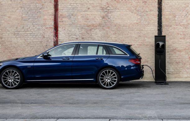 Detalii despre versiunea Mercedes-Benz C300de: plug-in hybrid diesel-electric cu 306 CP și autonomie electrică de până la 57 de kilometri - Poza 13