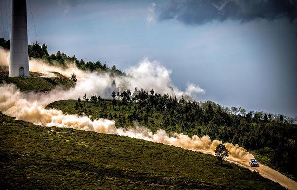Cursă neobișnuită: un Hyundai i20 WRC și o bicicletă se întrec în inima Portugaliei - Poza 4