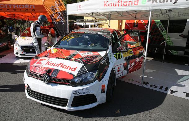 Premieră în Campionatul Național de Viteză în Coastă: un Volkswagen Golf GTI a fost transformat într-un model electric dedicat competițiilor - Poza 4