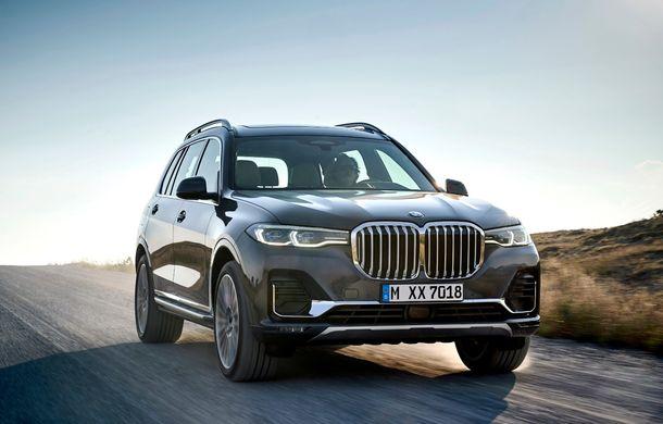 Oficial: BMW X7 se prezintă. Cel mai mare SUV din gama bavarezilor oferă 7 locuri și motorizări de până la 400 CP în Europa - Poza 4