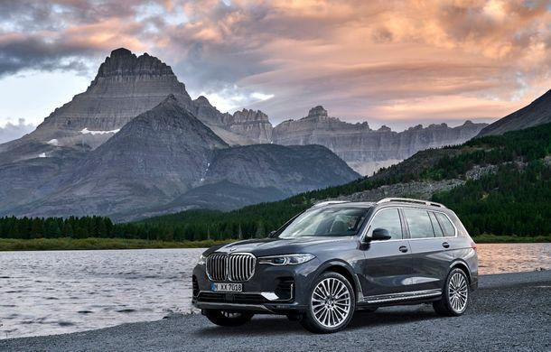 Oficial: BMW X7 se prezintă. Cel mai mare SUV din gama bavarezilor oferă 7 locuri și motorizări de până la 400 CP în Europa - Poza 19