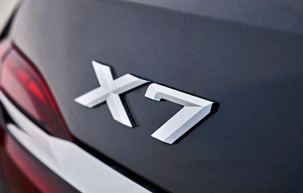 Oficial: BMW X7 se prezintă. Cel mai mare SUV din gama bavarezilor oferă 7 locuri și motorizări de până la 400 CP în Europa - Poza 30