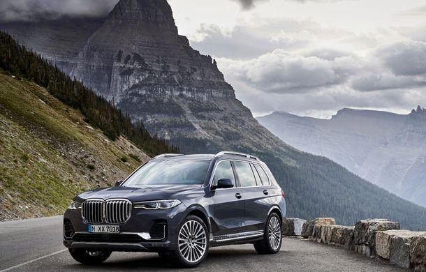 Oficial: BMW X7 se prezintă. Cel mai mare SUV din gama bavarezilor oferă 7 locuri și motorizări de până la 400 CP în Europa - Poza 18