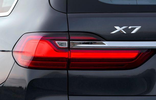 Oficial: BMW X7 se prezintă. Cel mai mare SUV din gama bavarezilor oferă 7 locuri și motorizări de până la 400 CP în Europa - Poza 29