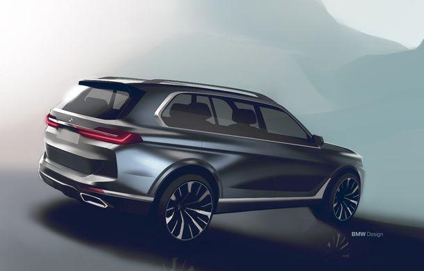 Oficial: BMW X7 se prezintă. Cel mai mare SUV din gama bavarezilor oferă 7 locuri și motorizări de până la 400 CP în Europa - Poza 47