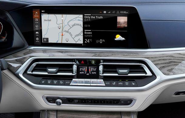 Oficial: BMW X7 se prezintă. Cel mai mare SUV din gama bavarezilor oferă 7 locuri și motorizări de până la 400 CP în Europa - Poza 32