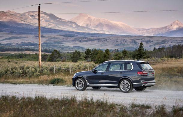 Oficial: BMW X7 se prezintă. Cel mai mare SUV din gama bavarezilor oferă 7 locuri și motorizări de până la 400 CP în Europa - Poza 16