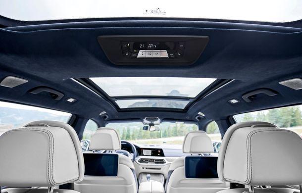 Oficial: BMW X7 se prezintă. Cel mai mare SUV din gama bavarezilor oferă 7 locuri și motorizări de până la 400 CP în Europa - Poza 38