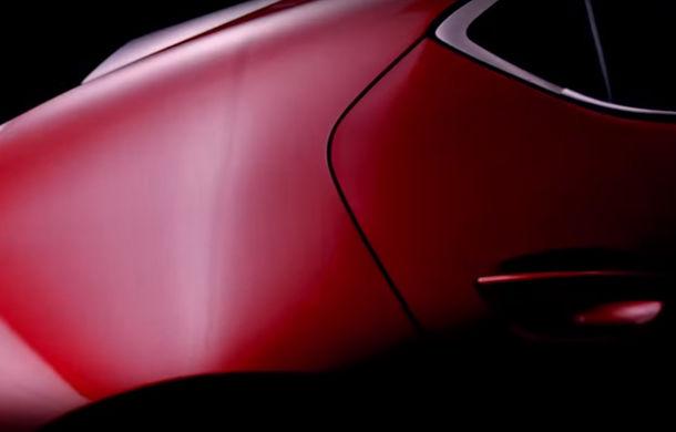 Primul teaser pentru noua generație Mazda 3: lansarea oficială este programată în noiembrie - Poza 1