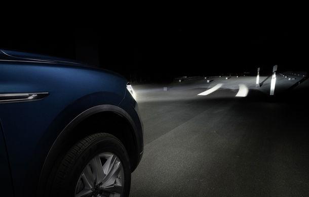 Volkswagen dezvoltă noi tehnologii de iluminare: semnături personalizate și indicații pentru orientare și parcare - Poza 3