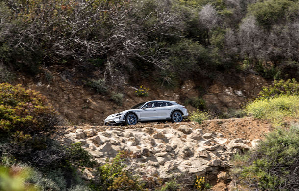 Oficial: Porsche Mission E Cross Turismo va avea versiune de producție - Poza 11