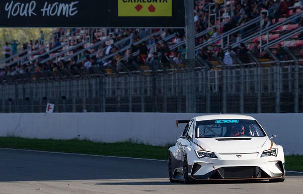 Prima apariție pe circuit a lui Cupra e-Racer: modelul electric va putea fi admirat din 2020 în cadrul unui campionat de turisme - Poza 3