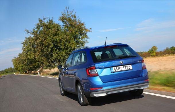 Primele imagini cu Skoda Fabia Combi Scoutline facelift: protecții suplimentare și doar motorizări pe benzină - Poza 7