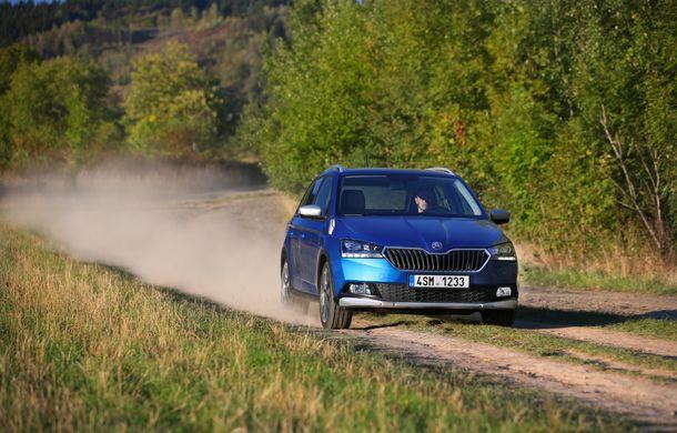 Primele imagini cu Skoda Fabia Combi Scoutline facelift: protecții suplimentare și doar motorizări pe benzină - Poza 11