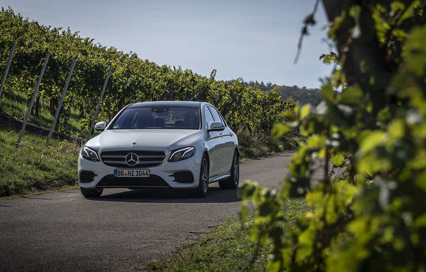 O nouă șansă pentru tehnologia diesel? Prim contact cu hibrizii plug-in diesel-electric care își fac loc în gama Mercedes-Benz Clasa C și Clasa E - Poza 24