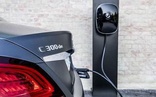 O nouă șansă pentru tehnologia diesel? Prim contact cu hibrizii plug-in diesel-electric care își fac loc în gama Mercedes-Benz Clasa C și Clasa E