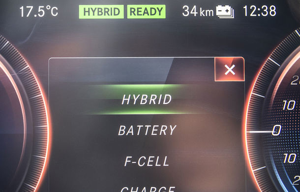 O nouă șansă pentru tehnologia diesel? Prim contact cu hibrizii plug-in diesel-electric care își fac loc în gama Mercedes-Benz Clasa C și Clasa E - Poza 41