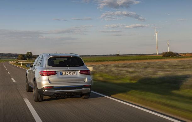 O nouă șansă pentru tehnologia diesel? Prim contact cu hibrizii plug-in diesel-electric care își fac loc în gama Mercedes-Benz Clasa C și Clasa E - Poza 31