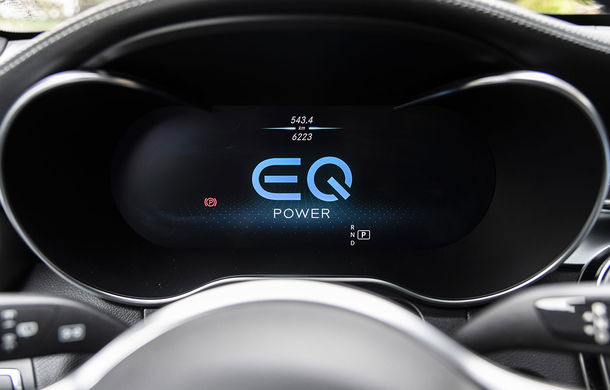 O nouă șansă pentru tehnologia diesel? Prim contact cu hibrizii plug-in diesel-electric care își fac loc în gama Mercedes-Benz Clasa C și Clasa E - Poza 39